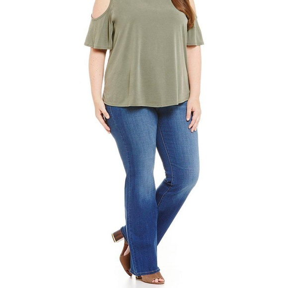 9bd26aef36f07 Levi s 415 Classic Boot Jeans - Plus Size 24W -NWT